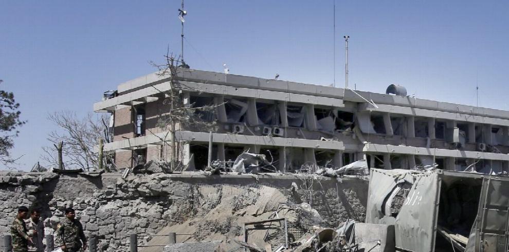 Atentado en Kabul deja 90 muertos y más de 400 heridos