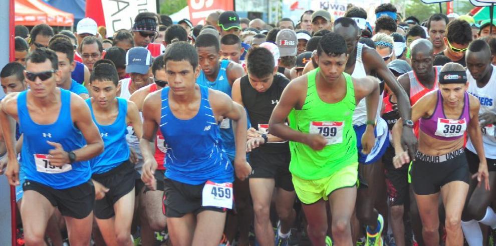 Unos 2 mil atletas participarán hoy en la tradicional maratón de San José
