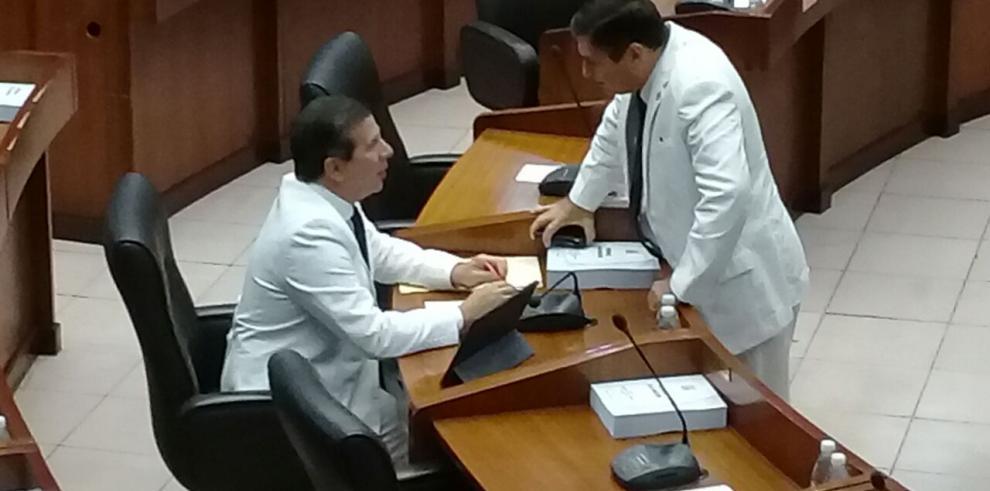 Lento inicio de sesión en la Asamblea Nacional