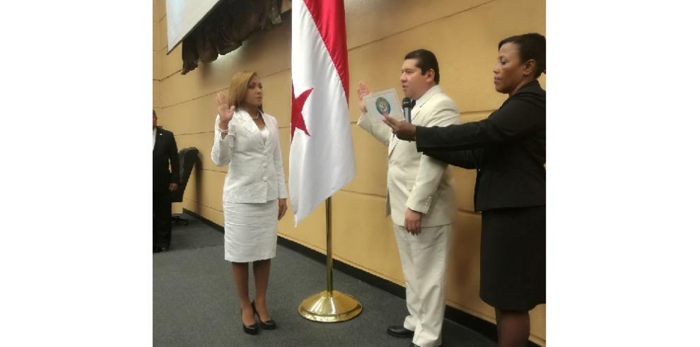 Yanibel Ábrego electa nueva presidenta de la Asamblea Nacional