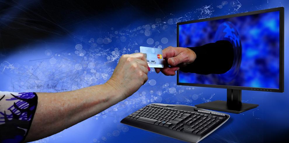 Panameños lideran tendencia de compras por internet, según estudio