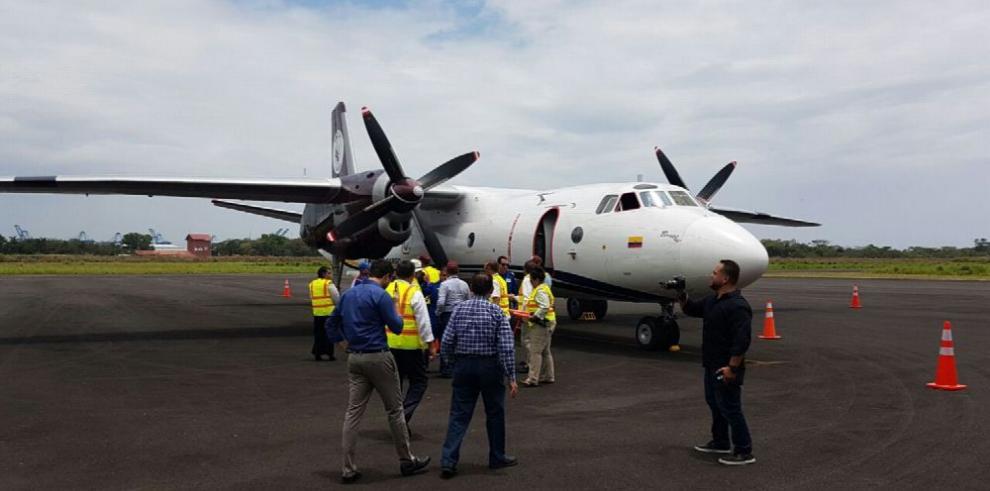 Avión de carga arriba a Colón para dar servicio a la ZLC