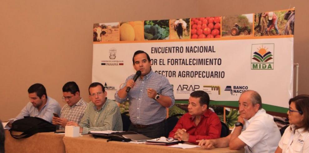 MIDA realiza Primer Encuentro del Sector Agropecuario