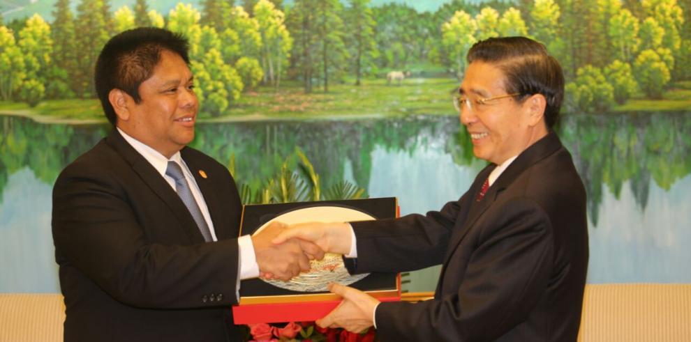 Gobiernos de Panamá y China priorizan temas de seguridad