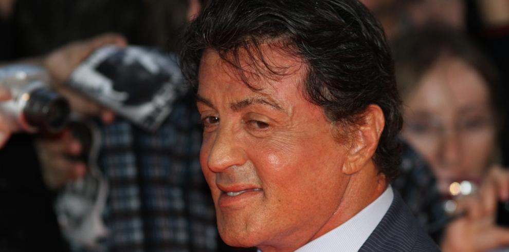Casper Smart recluta a Sylvester Stallone como su entrenador personal