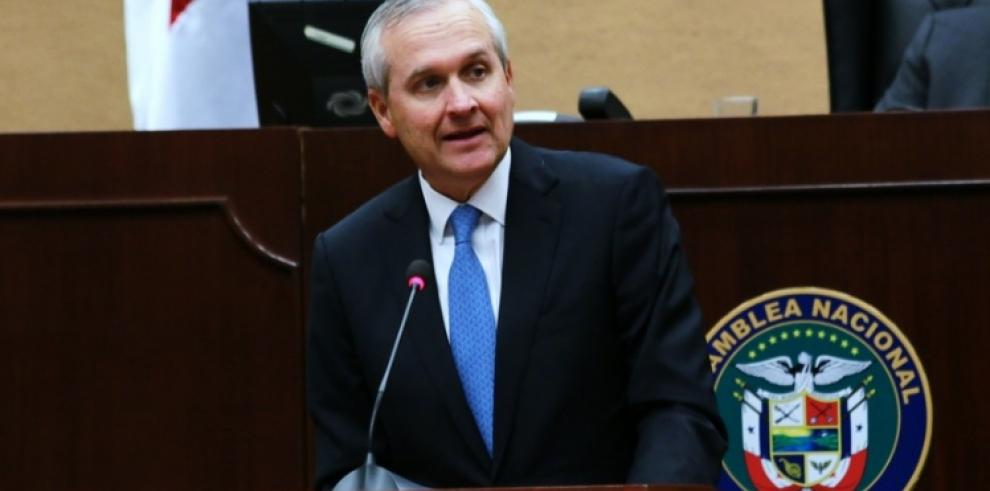 Ministro Alemán presentó proyecto de ley sobre protección de datos