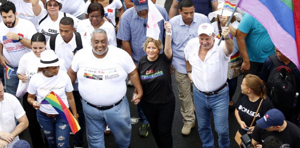 Magistrado Díaz pide no dilatar discusión de matrimonio gay