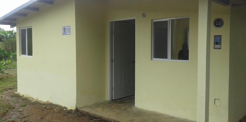 Más de 100 familias de Panamá Este tienen sus casas de Techos de Esperanza