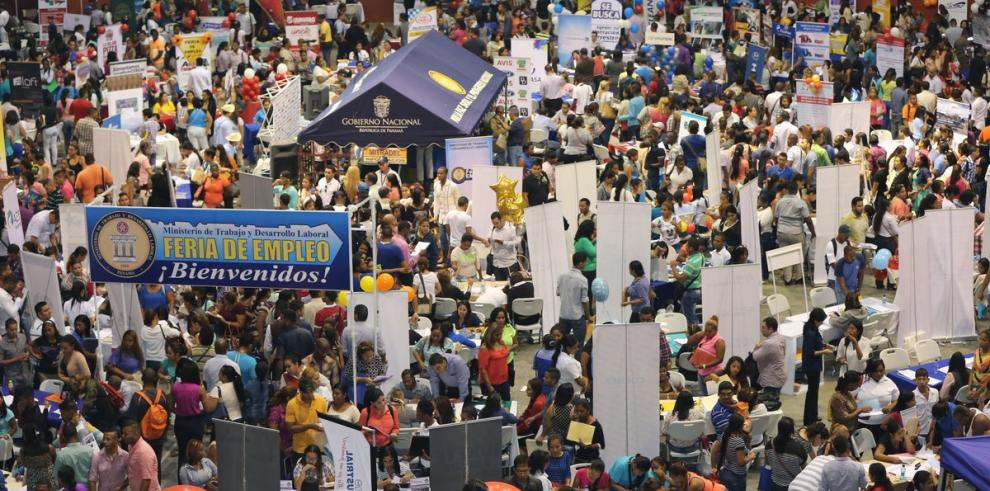 MITRADEL establece calendario para ferias de empleo a nivel nacional
