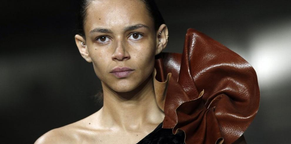 10 diseñadores que triunfaron en París