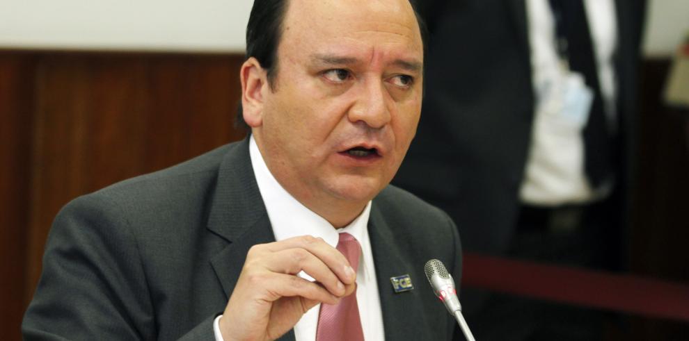 Odebrecht controlaba en Ecuador proceso contratación y control, dice fiscal