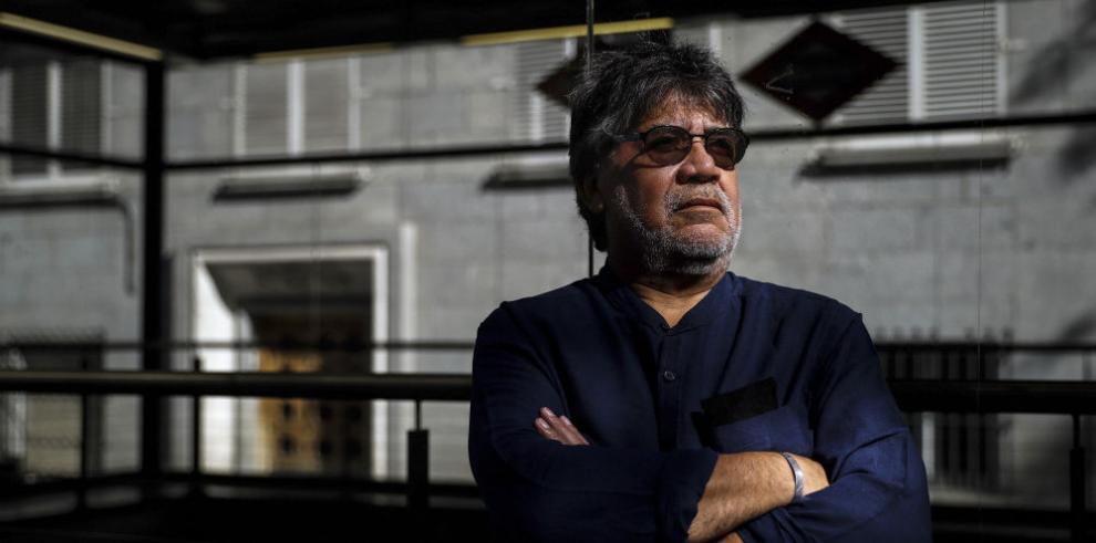 Luis Sepúlveda y su literatura contra la