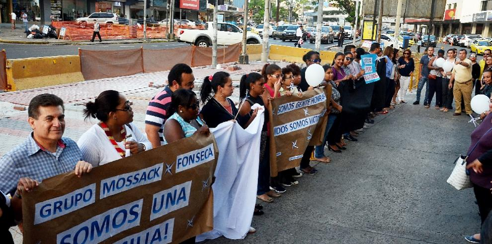 Empleados deMosack Fonseca protestan en Avesa