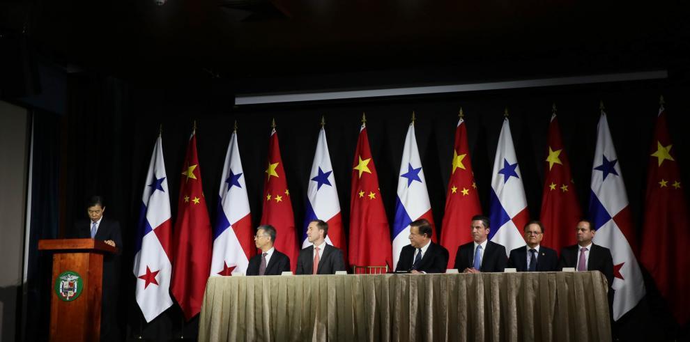 Panamá y China dan los primeros pasos para formalizar proyecto ferroviario en 2018