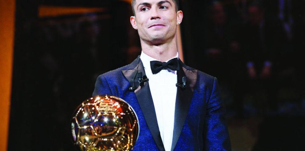 Cristiano Ronaldo planta cara a Messi