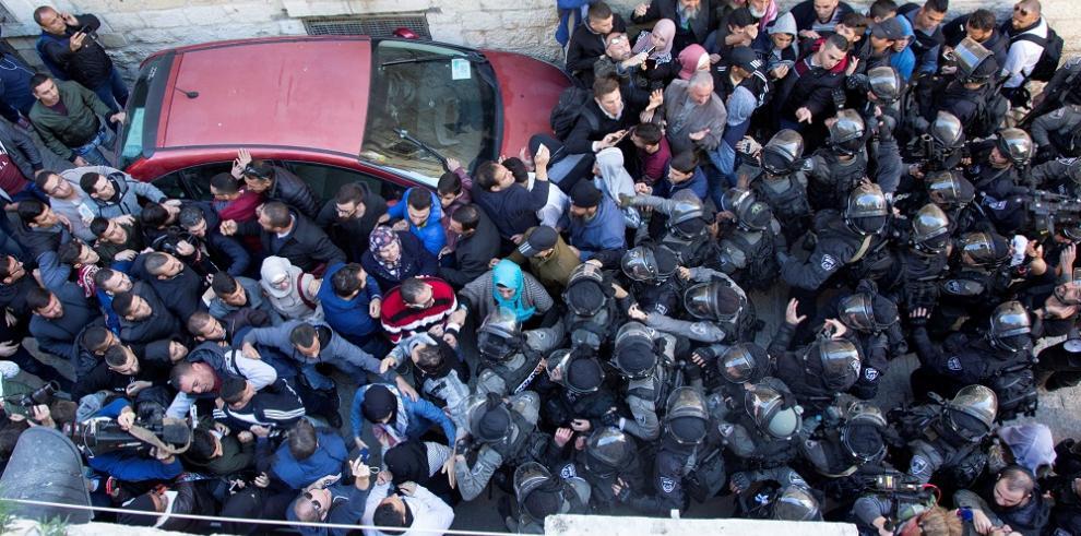 Dos muertos y cien heridos en protestas Cisjordania, Gaza y Jerusalén