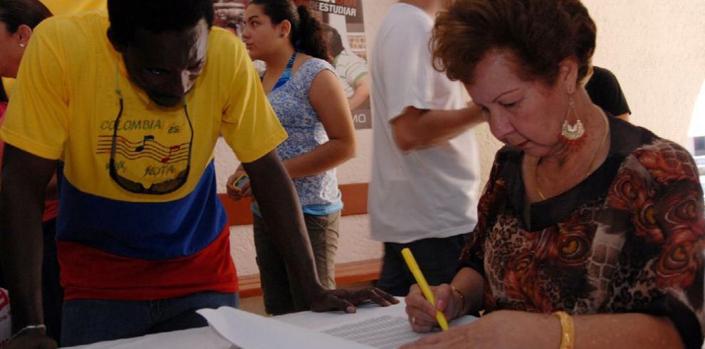 Los evangélicos, pieza clave en el tablero político colombiano
