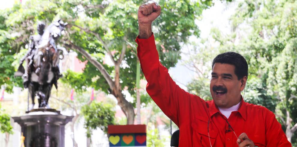 Maduro apela a diálogo antes de que sea