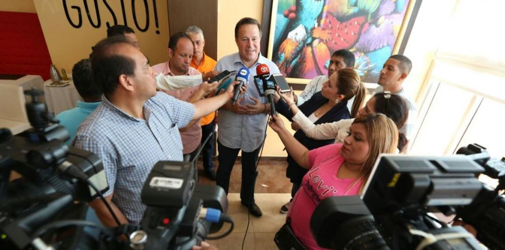 Arena insiste en que Varela llame a feria migratoria extraordinaria