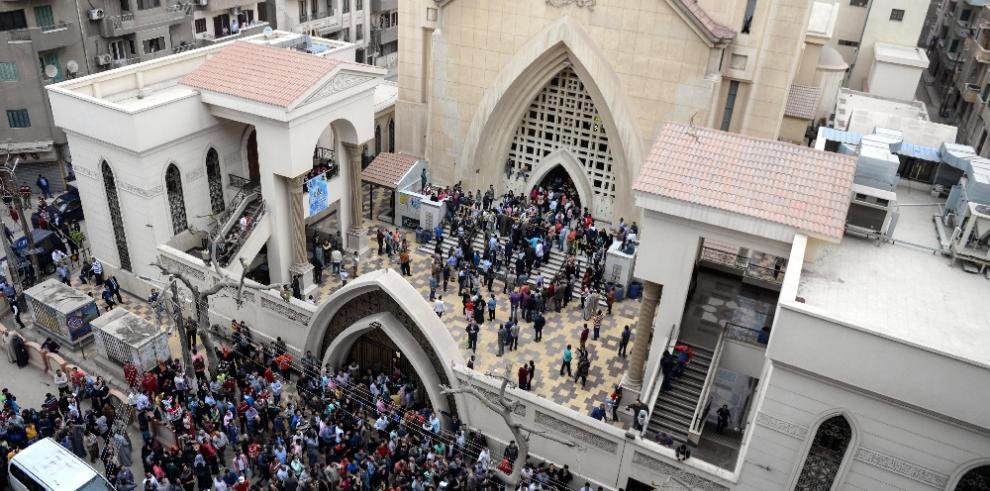 El mundo condena ataques terroristas contra iglesias cristianas