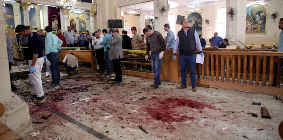 A 43 suben los muertos por atentado a iglesias cristianas