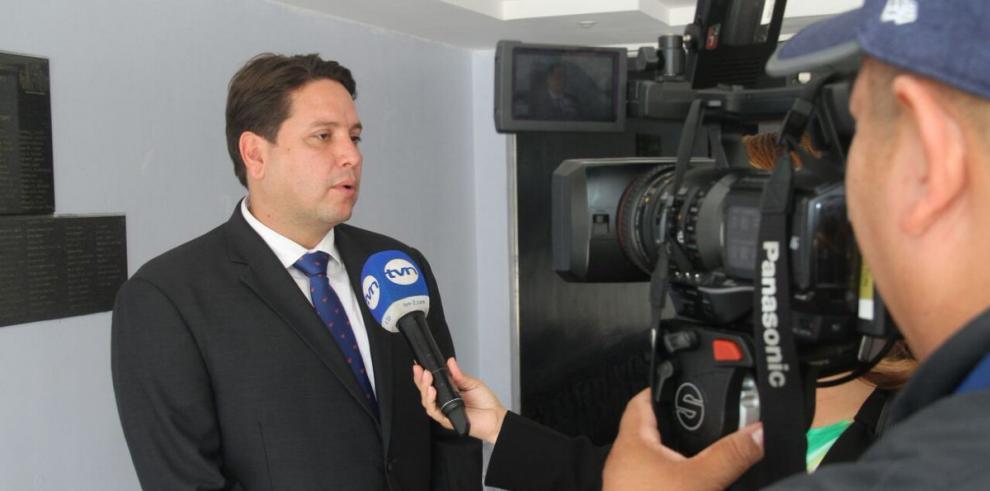 Asamblea ratifica a Juan Felipe De La Iglesia como director del Idaan
