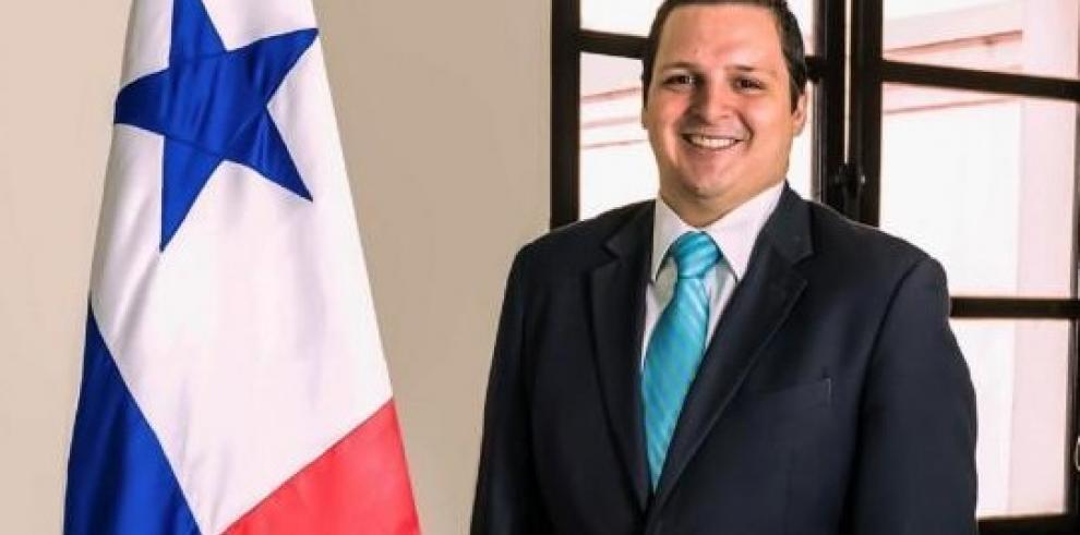 Carlos Rubio se encarga del Ministerio de Gobierno