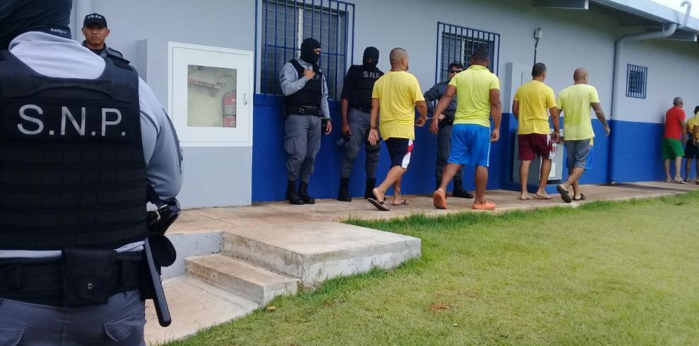 Van 723 traslados al nuevo Centro Penitenciario de Chiriquí