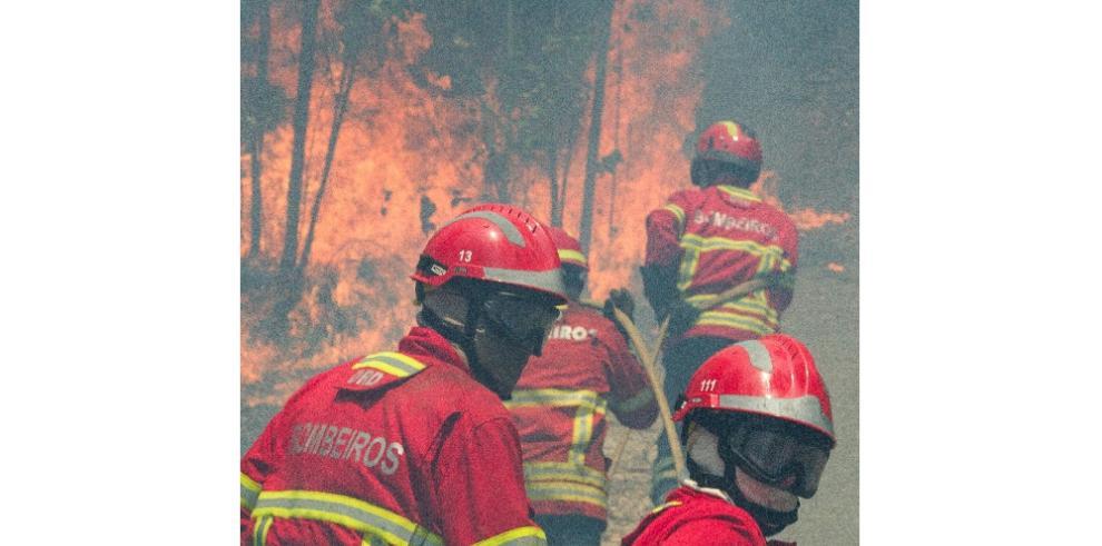 Asciende la cifra de muertes por incendios forestales en Portugal