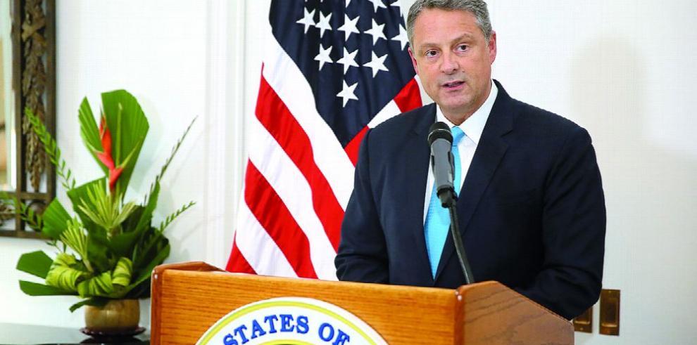 EE.UU.: no se hará renegociación de bases militares en Panamá