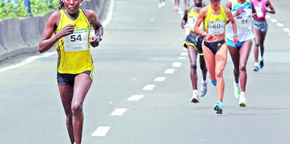 Brasileños y kenianos favoritos en Maratón
