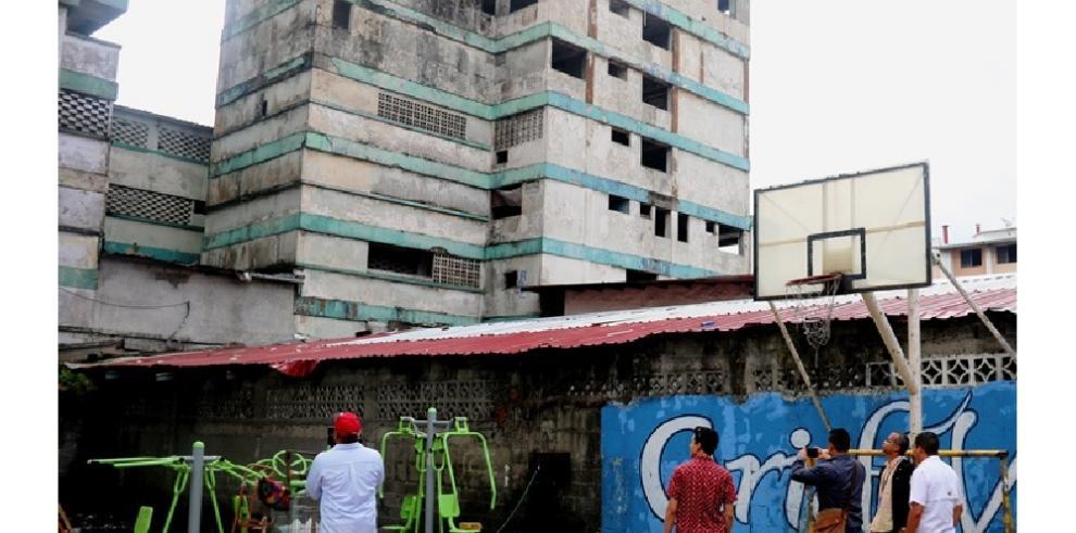 Inspeccionan edificio El Marañón para futuras mejoras