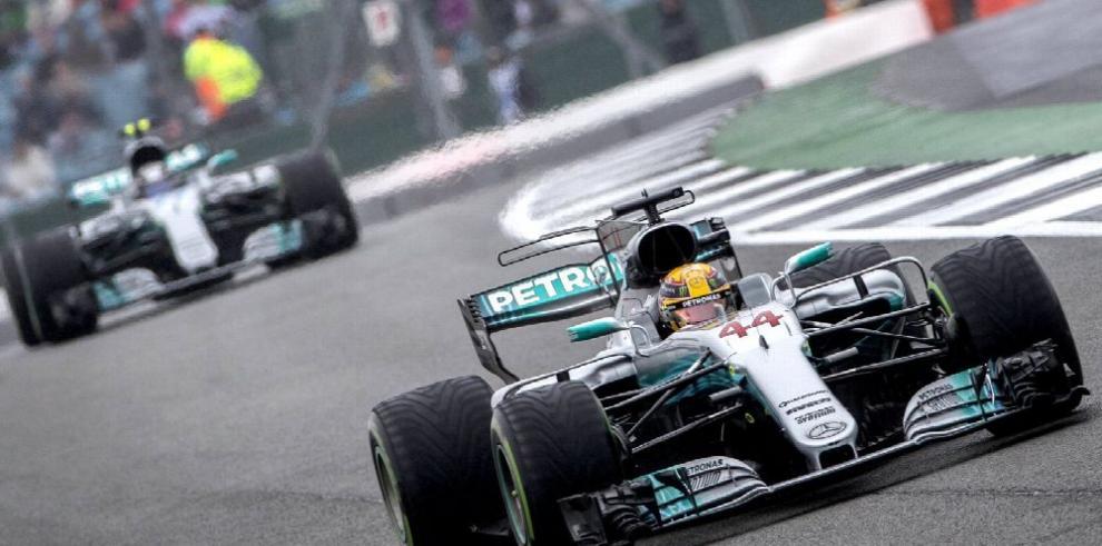 Lewis Hamilton fue el más rápido en los entrenamientos de GP de Silverstone