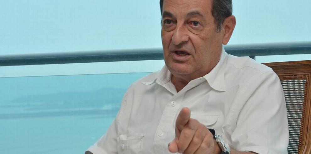 Omar Jaén Suárez y los Guardia