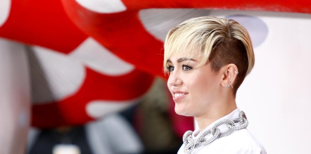Miley Cyrus, agradecida de actuar en el concierto benéfico de Ariana Grande