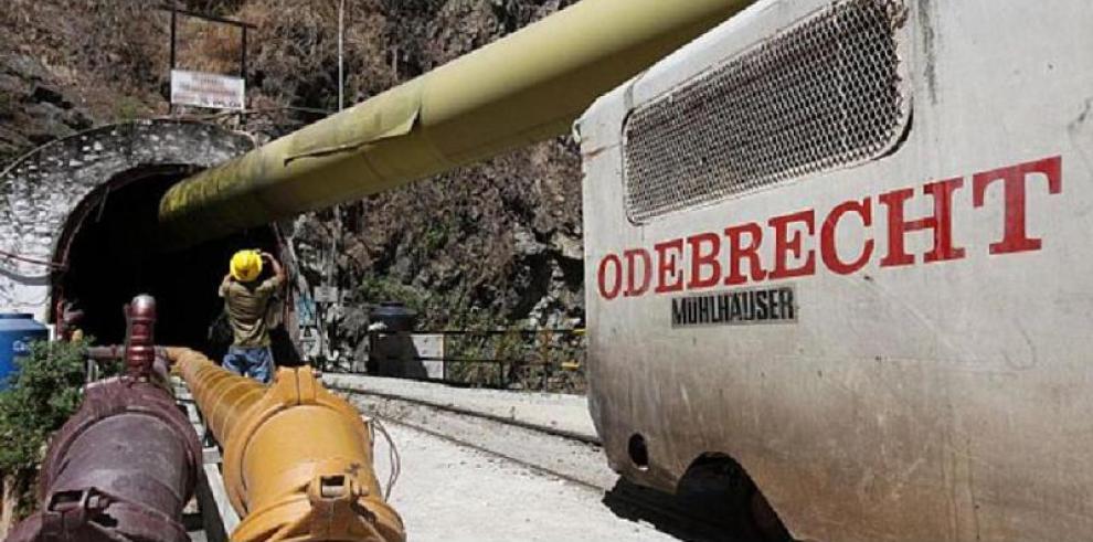 Cinco detenidos en varios allanamientos en Ecuador por el caso Odebrecht