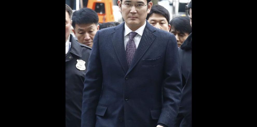 Tribunal deniega detención del jefe de Samsung