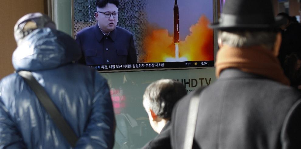 Corea del Norte lanza cuatro misiles balísticos al mar de Japón