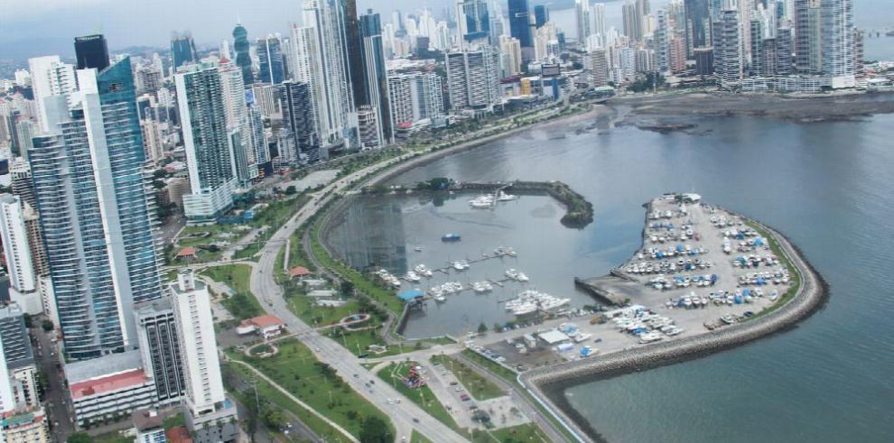 Empresarios de Iberoamérica tratan alianzas público-privadas