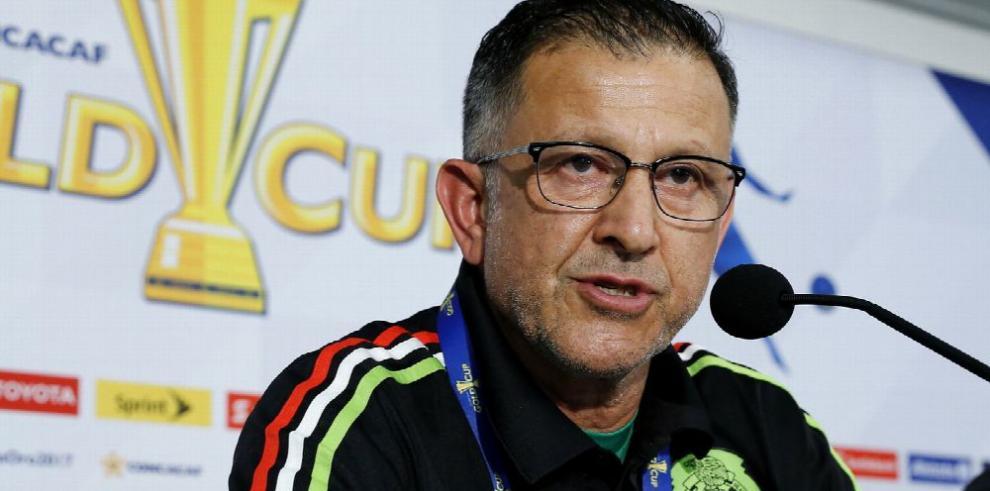 Osorio se disculpa, pero continuará suspendido