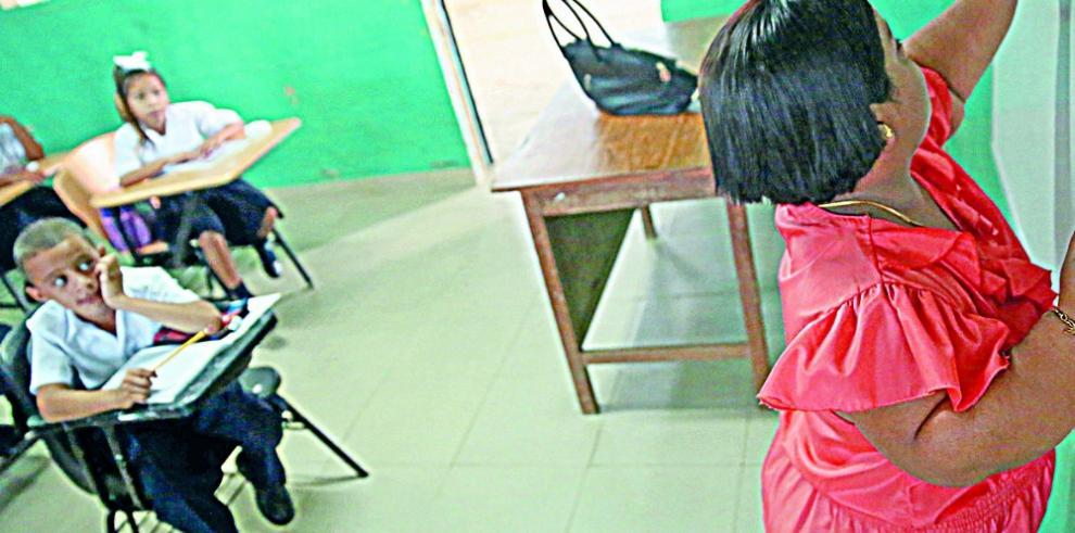 Gobierno responde con informe sobre inversión en educación