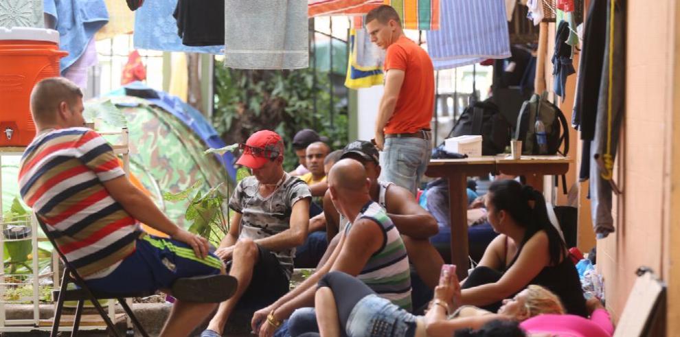 Acuerdo para deportar cubanos en tránsito