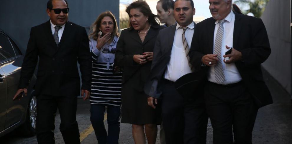 Los encausados por caso de sobornos se escudan en la Corte