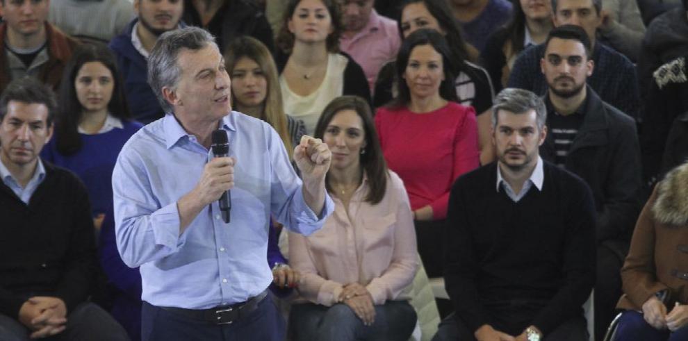 Argentina va a primarias tras campaña polarizada y sin debate