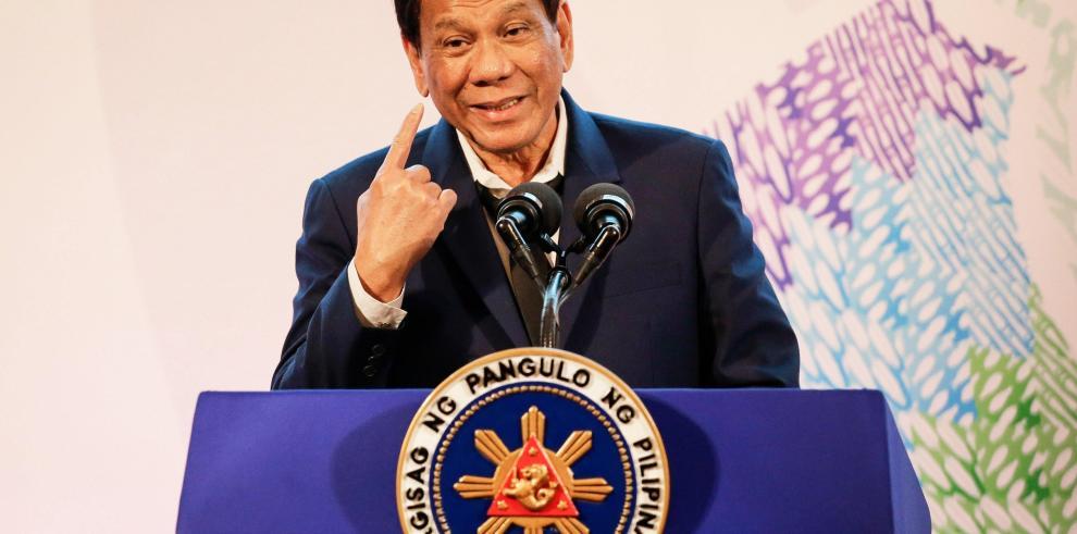 Duterte se opone a que cuestionen su 'guerra antidrogas'