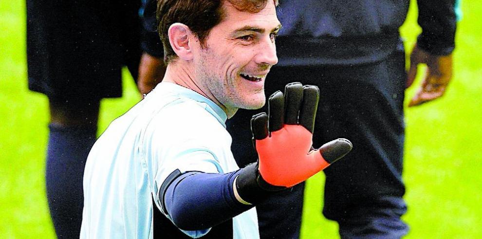 Casillas seguirá una temporada más con el club Oporto