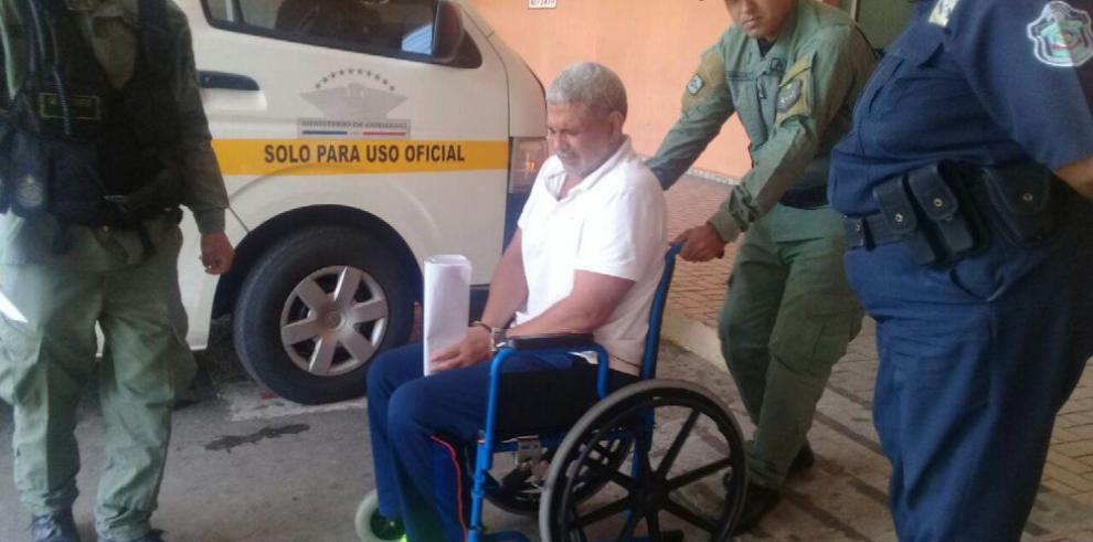 Guardia Jaén estuvo ayer en el Hospital Santo Tomás