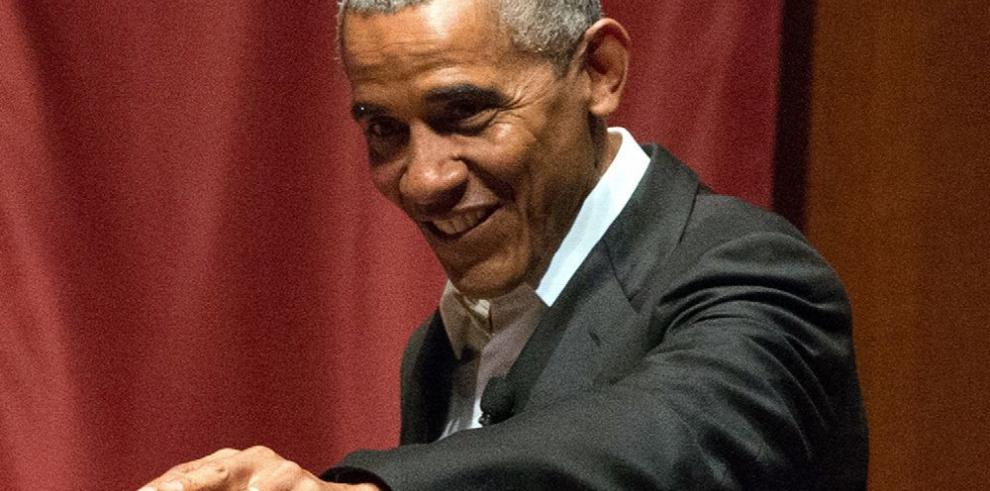 Barack Obama, un expresidente discreto y viajero