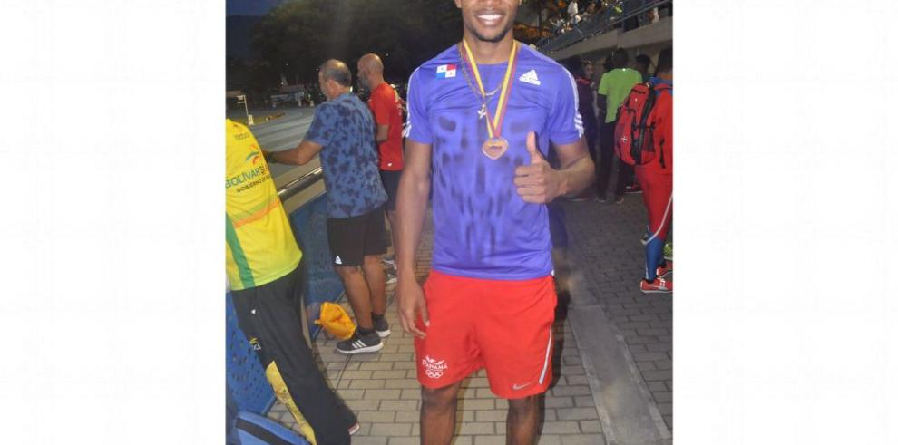 Bowen y Ríos logran preseas de bronce en Medellín