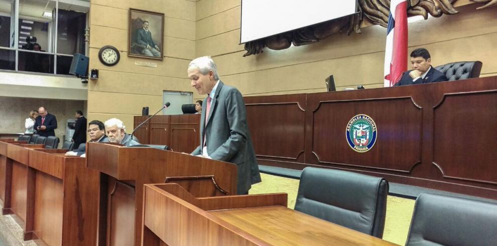 Presentan proyecto de ley para mejorar la eficiencia de Etesa